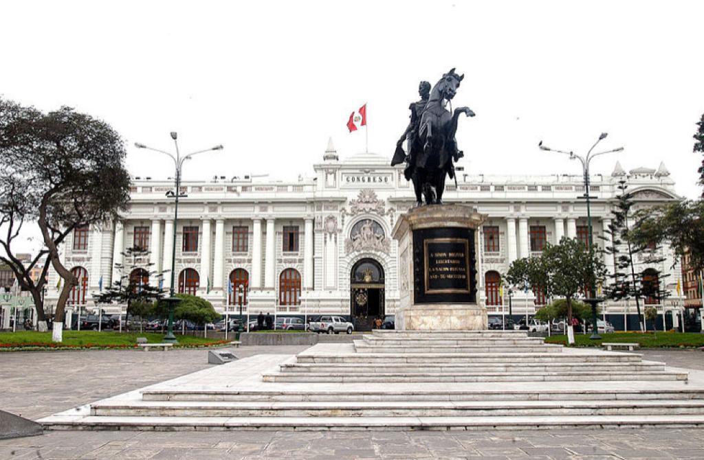 TC NOTIFICÓ AL CONGRESO DE LA REPÚBLICA  RESOLUCIÓN QUE ADMITE DEMANDA COMPETENCIAL